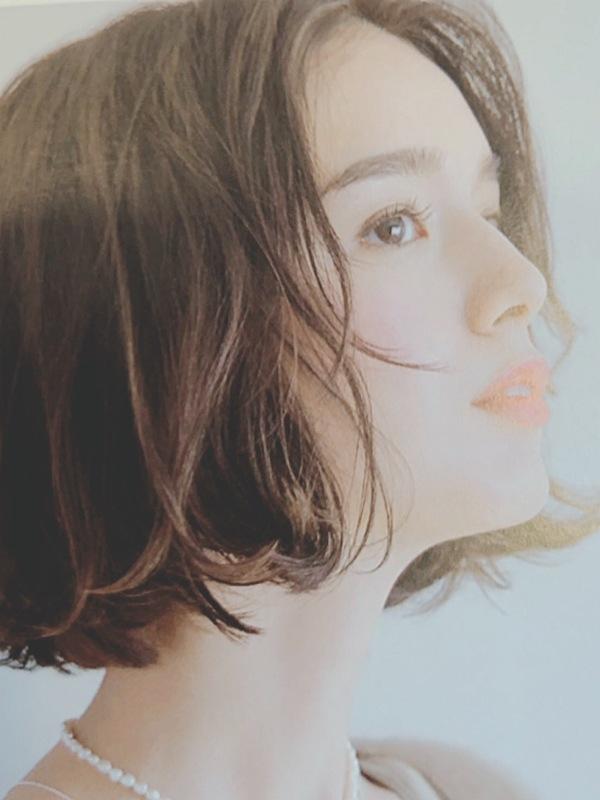 髪色だけで美人になれる?今、欲しいのは透明感と軽やかさ